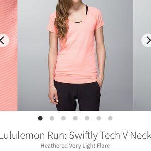 Lulu🍋 Swiftly V neck, size 6